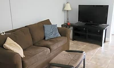 Living Room, 541 Blue Heron Dr 313, 1