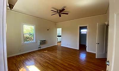 Living Room, 1603 N Harvard Blvd, 0