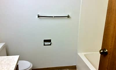 Bathroom, 1678 Prairie Ave, 2