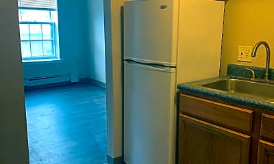 Kitchen, 660 N Salina St, 0