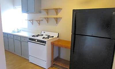 Kitchen, 815 Vista Way, 1