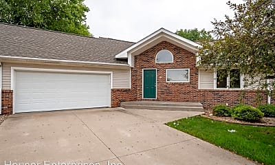 Building, 6 Redtail Ct, 1