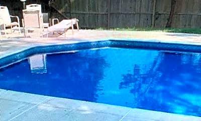 Pool, 32 Cooper Ave, 0