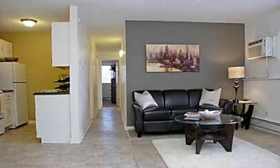 Highland Legends Apartments, 1