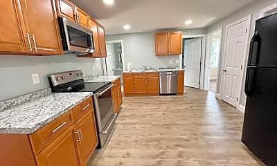 Kitchen, 618 McKinstry Ave, 1