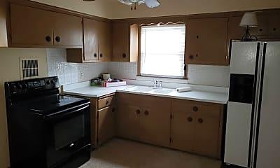 Kitchen, 5329 N 83rd St LOWER, 1