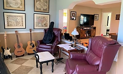 Living Room, 480 Cardinal Dr, 1