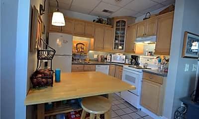 Kitchen, 32 School St 1, 1