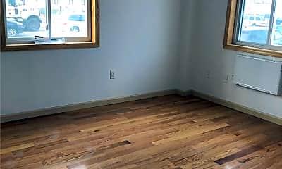 Bedroom, 50-8 39th St 3E, 2