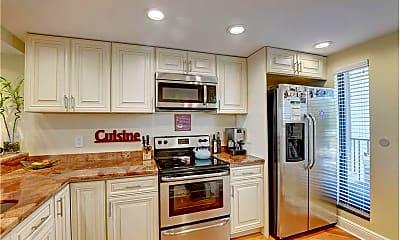 Kitchen, 21 Royal Palm Way, 1