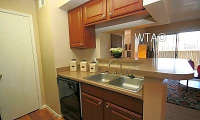 Kitchen, 3111 Parker Ln, 1