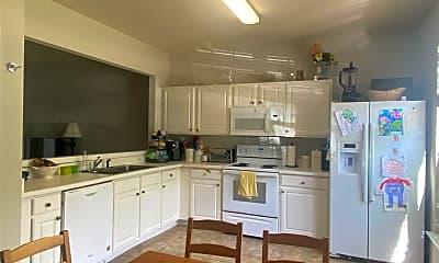 Kitchen, 205 Canyon Lake Cir, 1