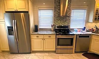 Kitchen, 34 Boston Ave, 0