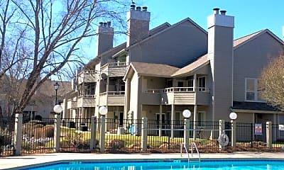 Pool, 2510-B Stradbrook Drive, 0