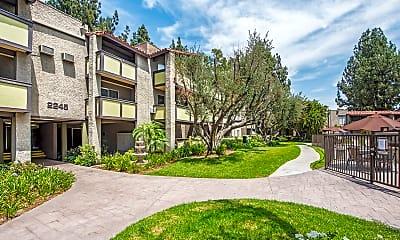 The Olive Ridge Resort, 1