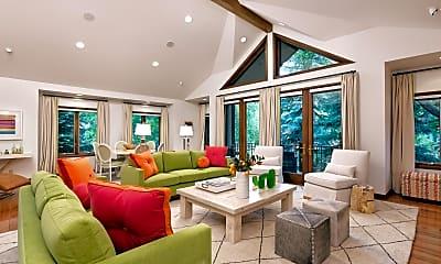 Living Room, 207 N 2nd St, 0