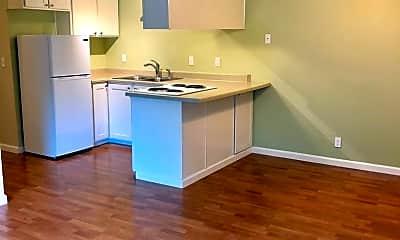 Kitchen, 500 Jefferson St, 1