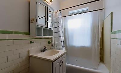 Bathroom, 650 Central Ave, 2