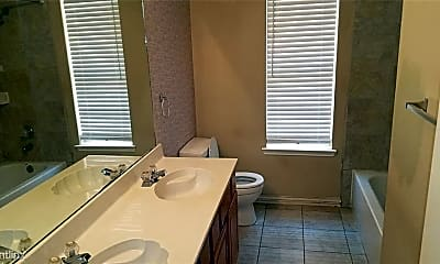 Bathroom, 616 Rockcrossing Ln, 2