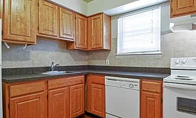 Kitchen, Wynnewood Greens, 0