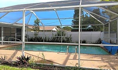 Pool, 1216 Loma Ln, 2