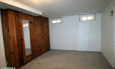 Bathroom, 3728 N 43rd St, 2