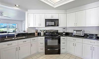 Kitchen, 6260 Bellerive Ave 4-404, 1
