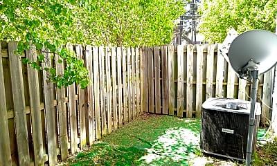 Patio / Deck, 2006 Reserve Ln, 1