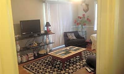 Living Room, 2409 28th St, 1