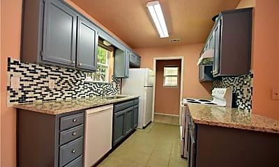 Kitchen, 6 Burnett Cir, 1