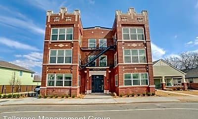 Building, 1123 N Main St, 1