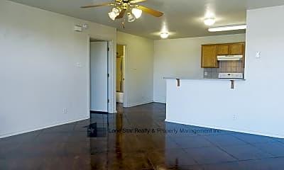 Image 15, 411 E Central Texas Expy Apt 13, 2