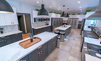 Kitchen, 2425 Prospect St, 1
