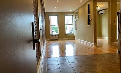 Living Room, 319 20th St, 1