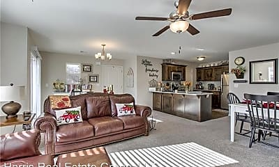 Living Room, 400 N Clayview Dr, 0