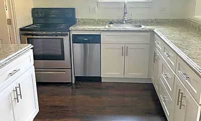 Kitchen, 165 Elio Cir, 1