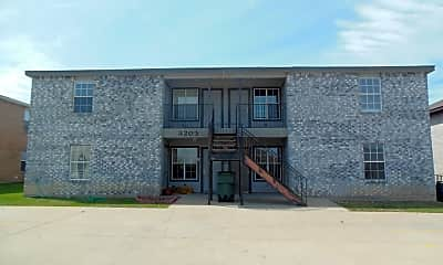 Building, 3203 Toledo, Unit D, 0