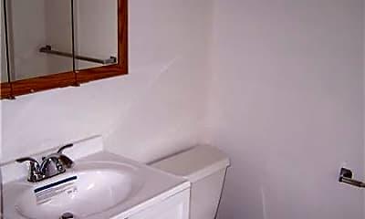 Bathroom, 2107 NE 54th St, 2