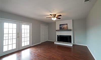 Living Room, 210 Wilshire Dr B, 1