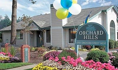 Orchard Hills, 0