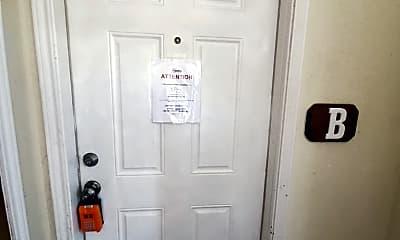 Bathroom, 4705 Shadylane Dr, 1