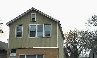 3400 S Lituanica Ave, 0