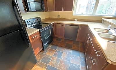 Kitchen, 159 W Pearl St, 0