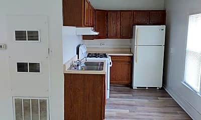 Kitchen, 714 Noltze Dr, 2