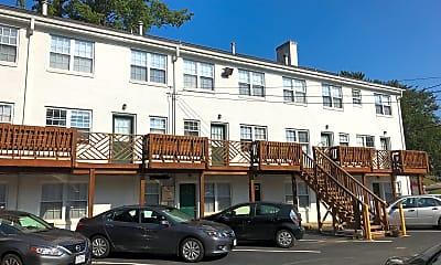 Woodrow Apartments, 2