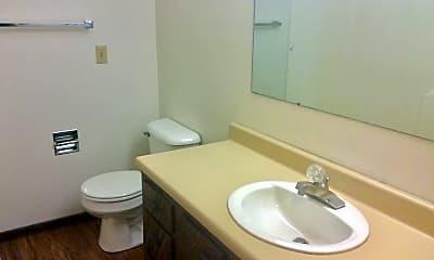Bathroom, 343 9th Ave E, 2