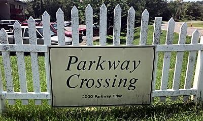 PARKWAY CROSSING APTS, 1