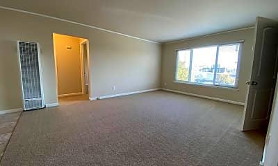 Living Room, 188 Laurel St, 1