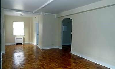 Living Room, 2400 Market St, 1