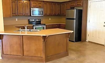 Kitchen, 2428 Ellis Dr, 1
